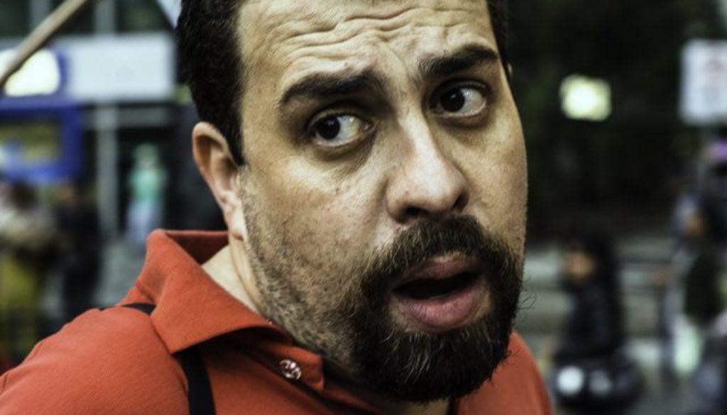 """Boulos usa 7 de setembro para atacar Bolsonaro: """"Lesa-pátria! submisso aos EUA!"""""""