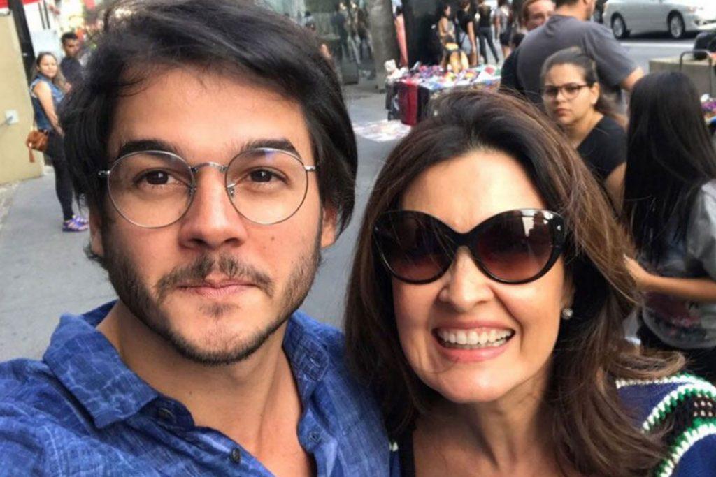 Namorado de Fátima Bernardes desiste da disputa pela prefeitura de Recife