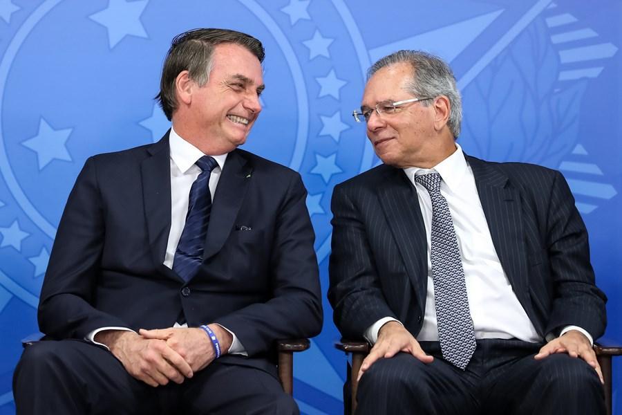 OCDE melhora previsão para PIB do Brasil em 2020