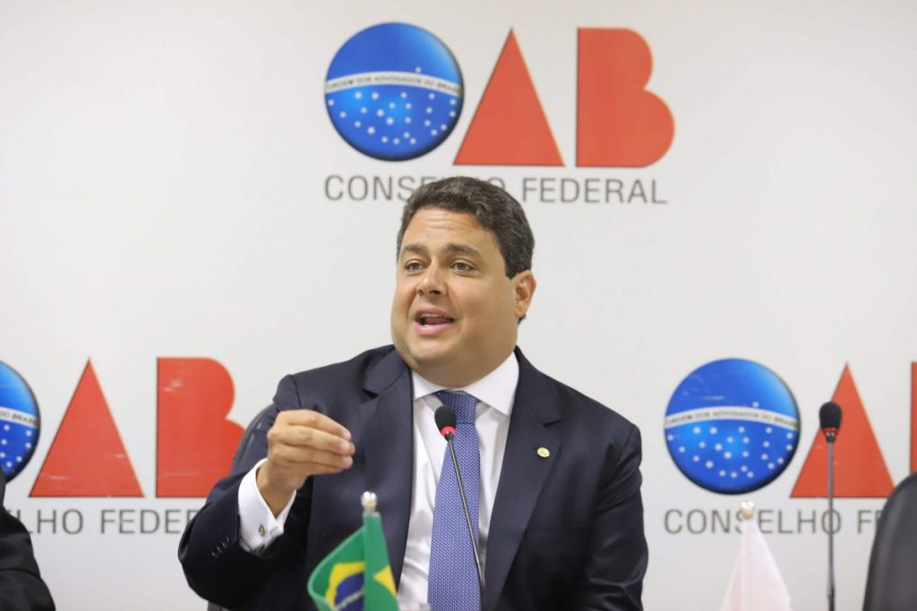 Ministério Público manda PF investigar presidente da OAB