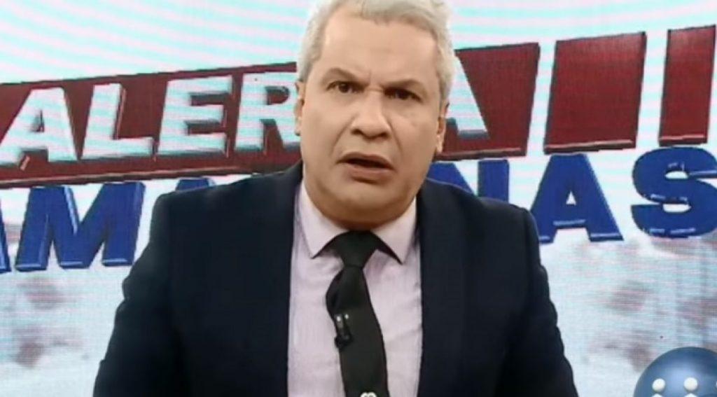 """Sikêra Jr: """"Erro de Bolsonaro é falar com a imprensa… fumam maconha"""""""