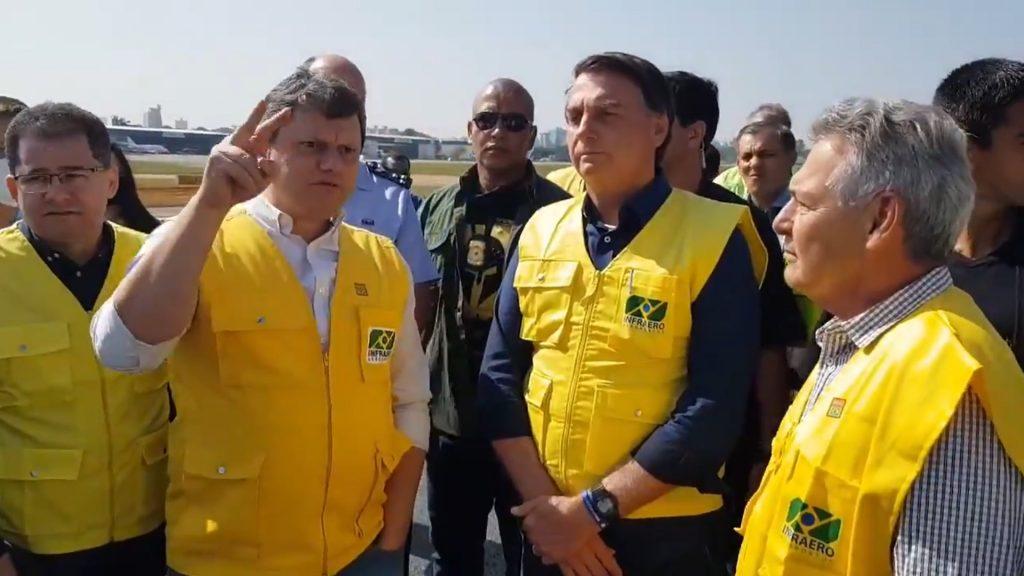 Tarcísio e Bolsonaro inauguram nova pista do Aeroporto de Congonhas
